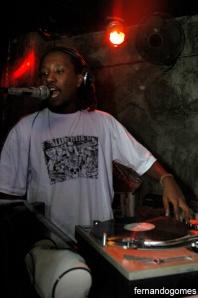 DJ Leandro...